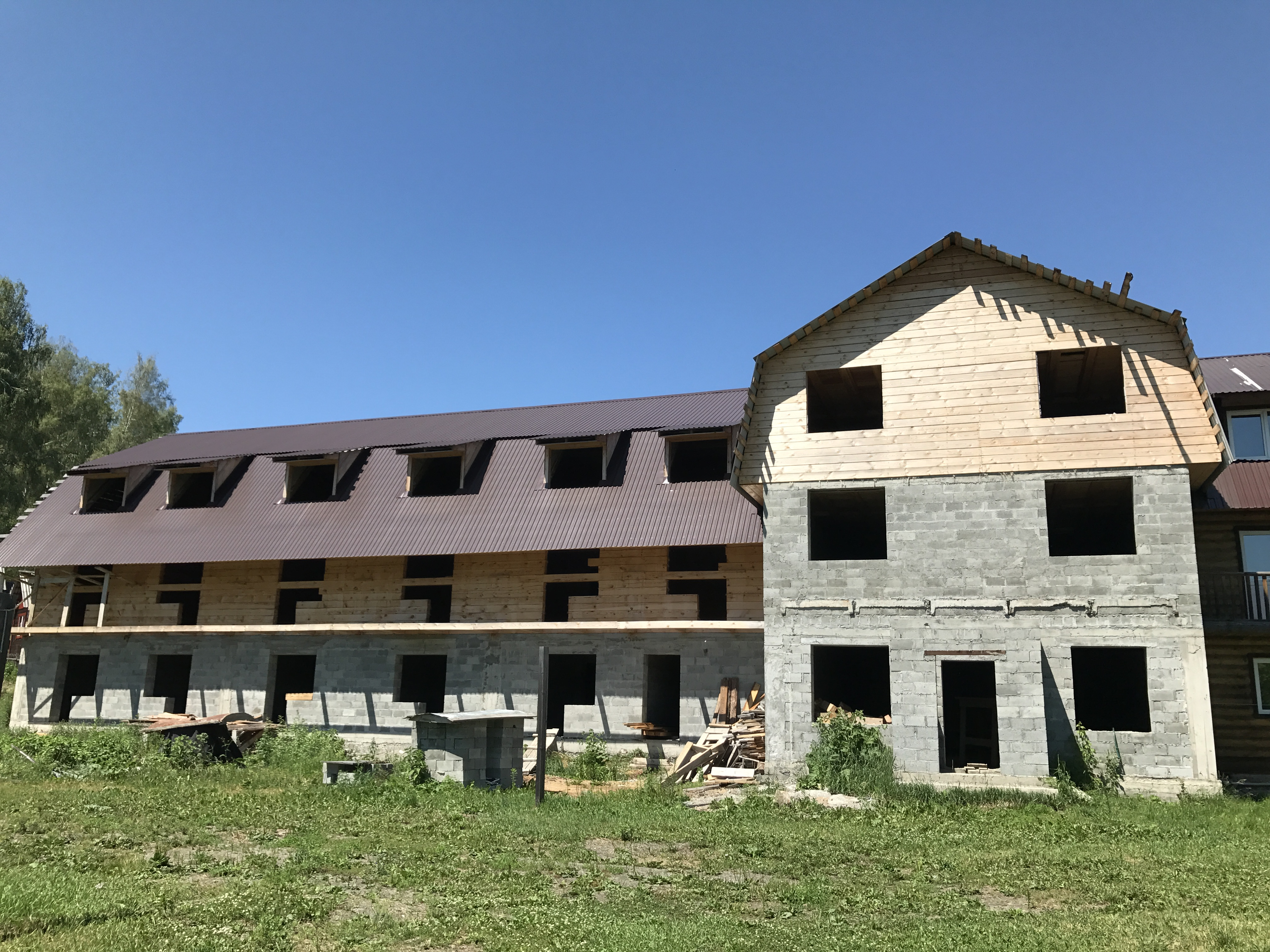 Продается действующий гостиничный комплекс 1830 кв.м.