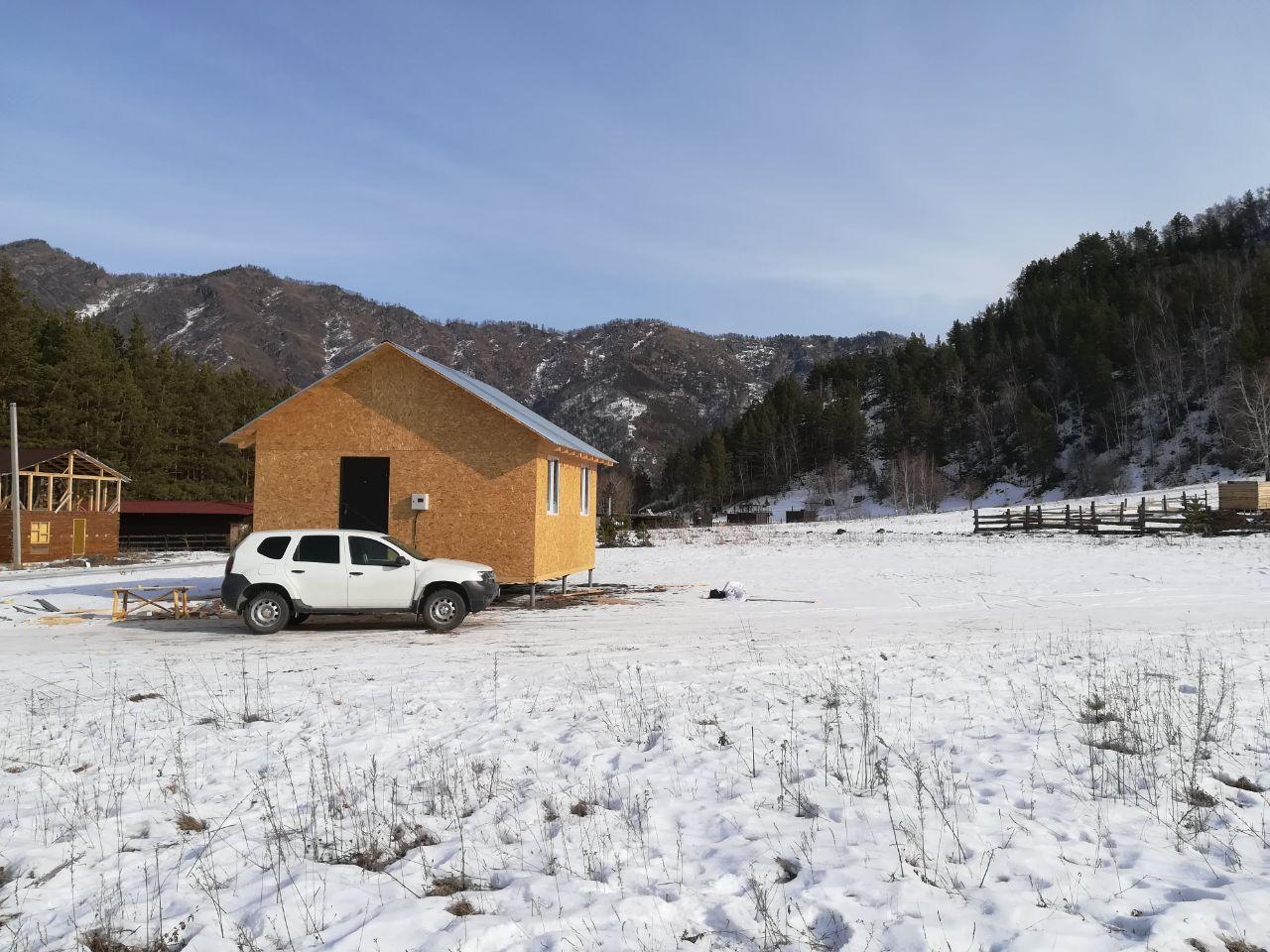 Продается земельный участок с домом с.Чемал в районе Верблюда 10 сот.
