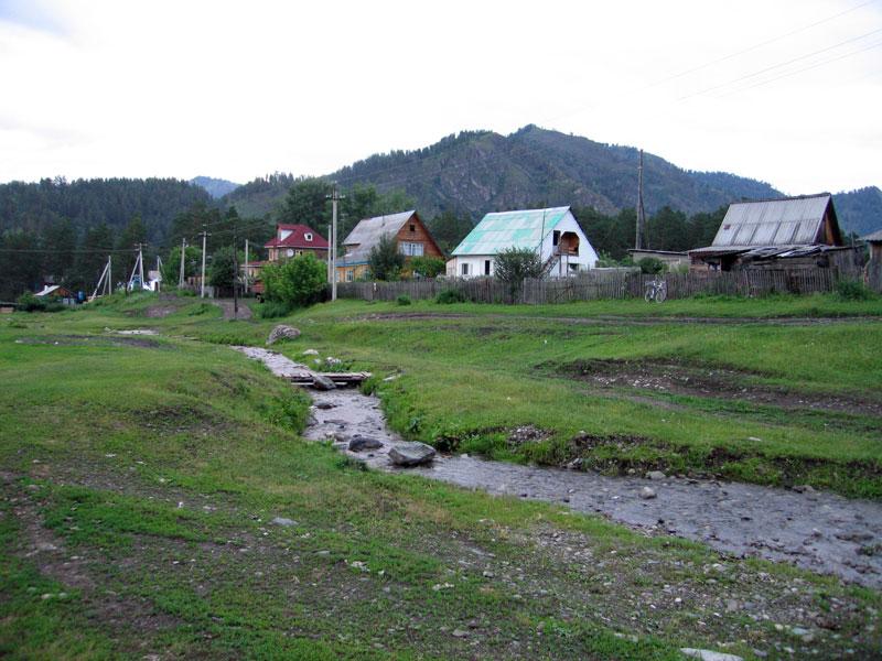 Продам дом с земельным участком село Аскат